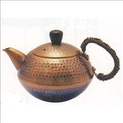 [新光金属株式会社] No.174858 / 王輝 銅製槌目後手急須(茶釜型)